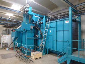 Tunnel automatico di granigliatura (pretrattamento meccanico)